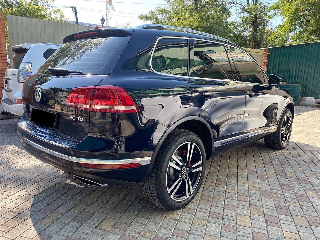 Полировка кузова, керамическая и антигравийная защита Volkswagen Touareg